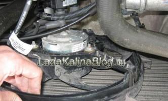 замена вентилятора охлаждения на Ладе Калине