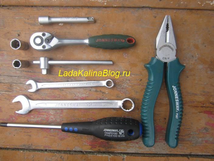 инструменты для замены втягивающего реле на Калине