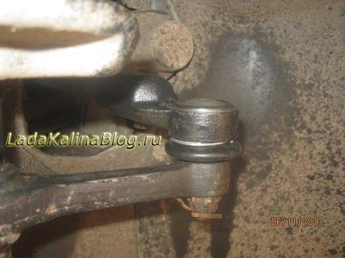 снятие рулевого наконечника на Калине без съемника