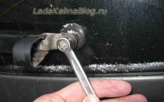 Замена заднего дворника и щетки стеклоочистителя