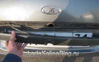 Замена пластиковой накладки багажника