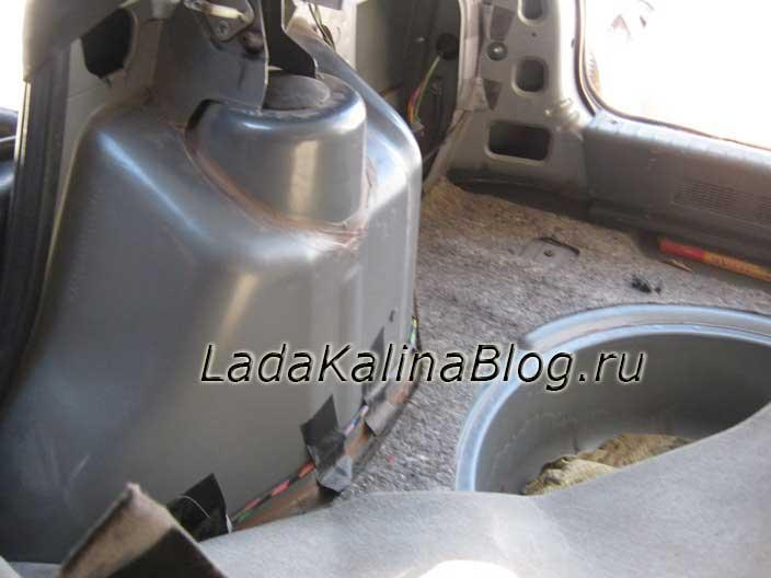 снятие обшивки багажника Лады Калины универсал
