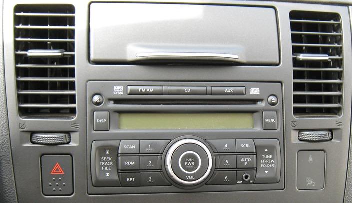 аудио-система Nissan Tiida по сравнению с Калиной