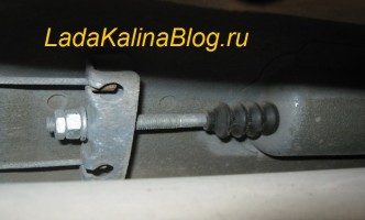 mehanizm ruchnik 332x200 - Тормозная система калина хэтчбек