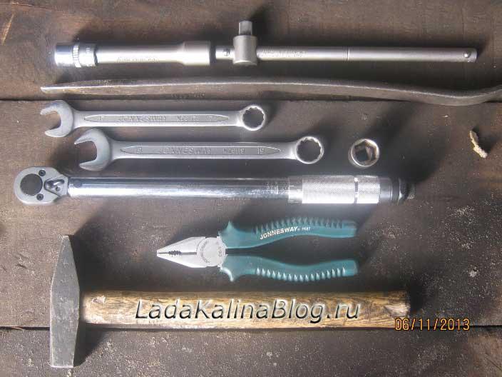 инструмент для замены рулевых наконечников на Калине