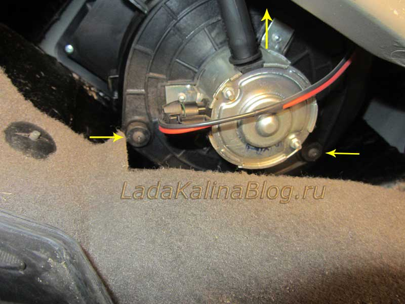 замена моторчика печки на Калине не снимая панели